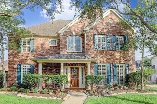 8706 Magnolia Forest Drive, Sugar Land, TX 77479 (MLS #19782086) :: Homemax Properties