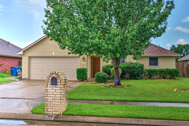 315 Green Isle Avenue, Dickinson, TX 77539 (MLS #19801519) :: The SOLD by George Team