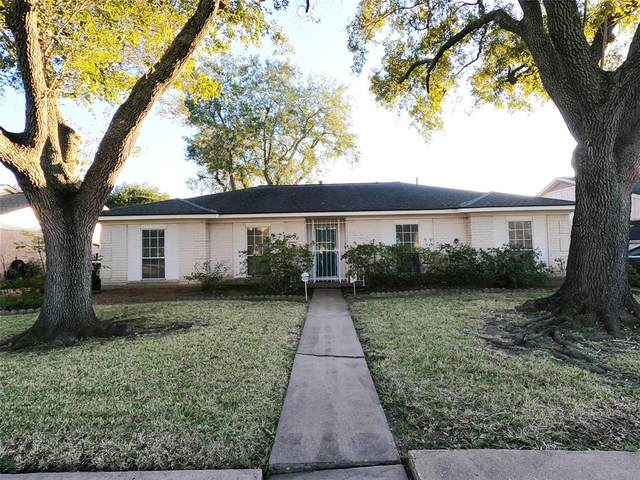 9023 N Sandstone Street N, Houston, TX 77036 (MLS #19885735) :: Lerner Realty Solutions