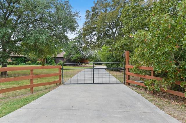 6304 Los Robles Drive, College Station, TX 77845 (MLS #19955850) :: The Queen Team