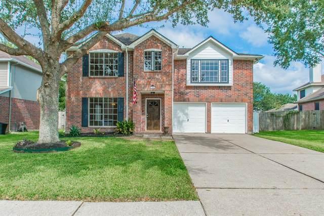 614 Oak Berry Drive, Kemah, TX 77565 (MLS #19965505) :: The SOLD by George Team