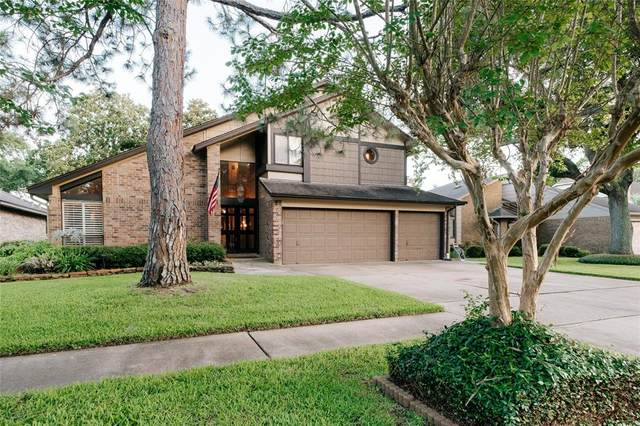 16002 Spring Forest Drive, Houston, TX 77059 (#20197376) :: ORO Realty