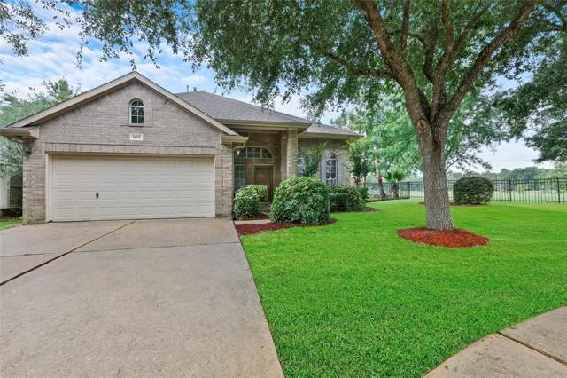 1402 Turnberry Circle, Baytown, TX 77523 (MLS #20198861) :: The Heyl Group at Keller Williams