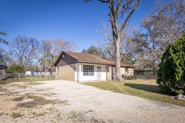 1248 Pecan Street, Clute, TX 77531 (MLS #20219994) :: Michele Harmon Team