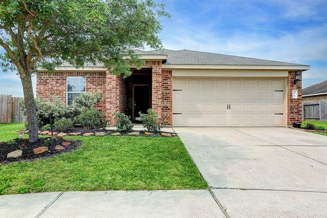 826 Mills Creek Lane, La Marque, TX 77568 (MLS #20245253) :: Christy Buck Team