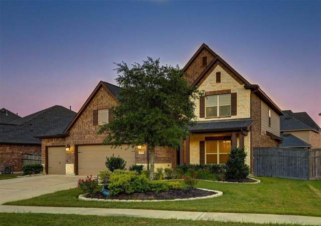 28011 Twin Knolls Lane, Fulshear, TX 77441 (MLS #20342203) :: The Andrea Curran Team powered by Compass