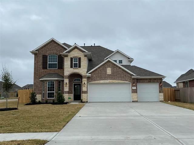 14111 Medina Drive, Baytown, TX 77523 (MLS #20385337) :: The Home Branch