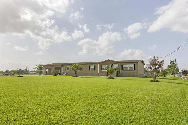 950 County Road 281 A/B, Alvin, TX 77511 (MLS #20481621) :: Caskey Realty