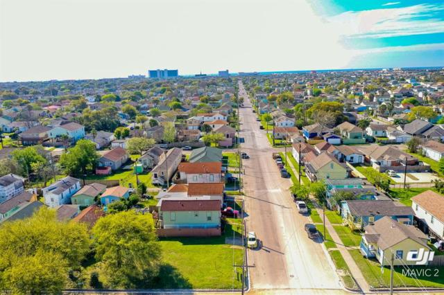 1302 55th Street, Galveston, TX 77551 (MLS #20559698) :: Green Residential
