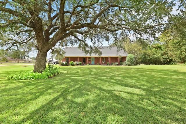 1226 Main Street, Danbury, TX 77534 (MLS #20581553) :: Caskey Realty