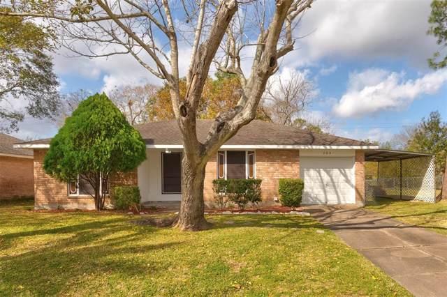 304 Stratmore Drive, Friendswood, TX 77546 (MLS #20593895) :: The Heyl Group at Keller Williams