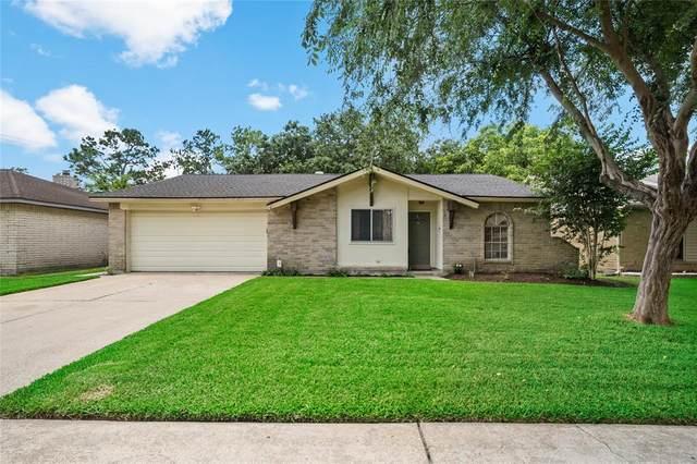 16518 Bougainvilla Lane, Friendswood, TX 77546 (MLS #20667578) :: Michele Harmon Team