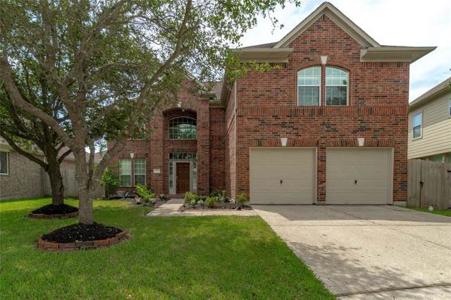 2103 Forest Glen Lane, League City, TX 77565 (MLS #20685394) :: The SOLD by George Team