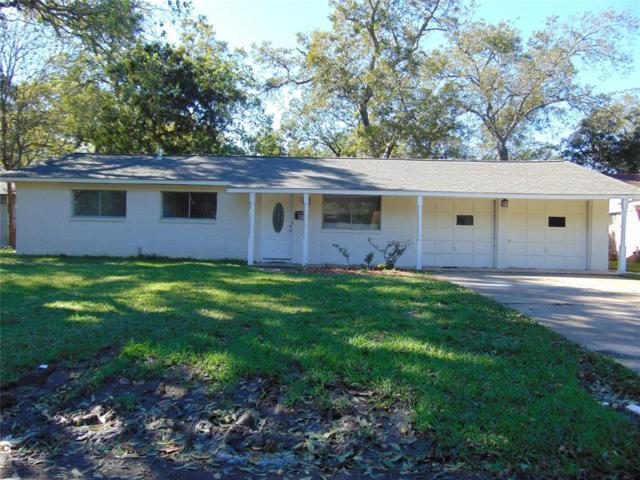 822 Sycamore Street, Lake Jackson, TX 77566 (MLS #20721043) :: Texas Home Shop Realty