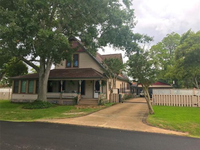 916 S Virginia Street, La Porte, TX 77571 (MLS #20771644) :: The SOLD by George Team