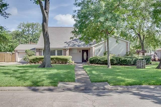 502 Post Oak Drive, Baytown, TX 77520 (MLS #20784635) :: The SOLD by George Team
