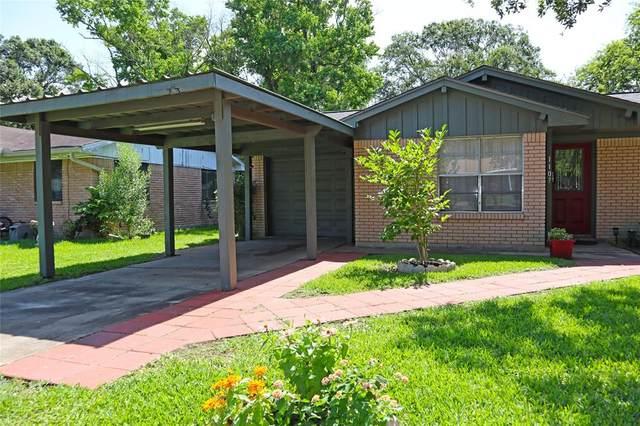 1107 Hampton Circle, Alvin, TX 77511 (MLS #20823131) :: The Freund Group