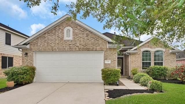 3308 Hazystone Lane, Pearland, TX 77581 (MLS #20911407) :: Ellison Real Estate Team