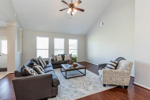 910 Fort Hill Lane, Rosenberg, TX 77469 (MLS #2091732) :: Homemax Properties