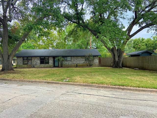 208 Munz Street, Brenham, TX 77833 (MLS #20995295) :: Christy Buck Team