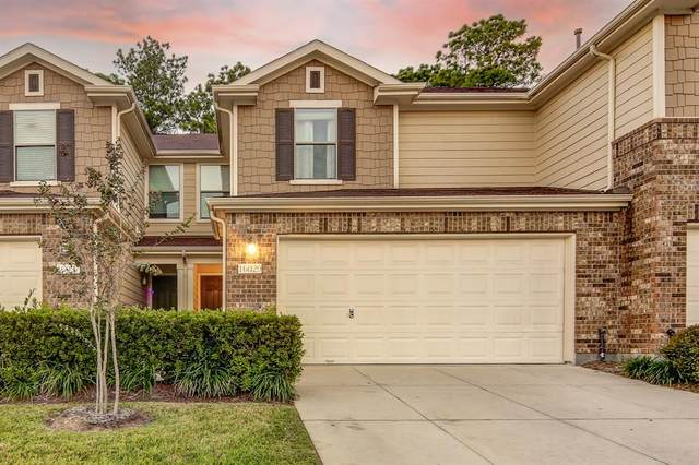 16029 Sweetwater Fields Lane, Tomball, TX 77377 (MLS #21165528) :: The Freund Group