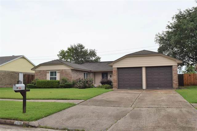 2819 Heritage Colony Drive, Webster, TX 77598 (MLS #21237079) :: The Queen Team
