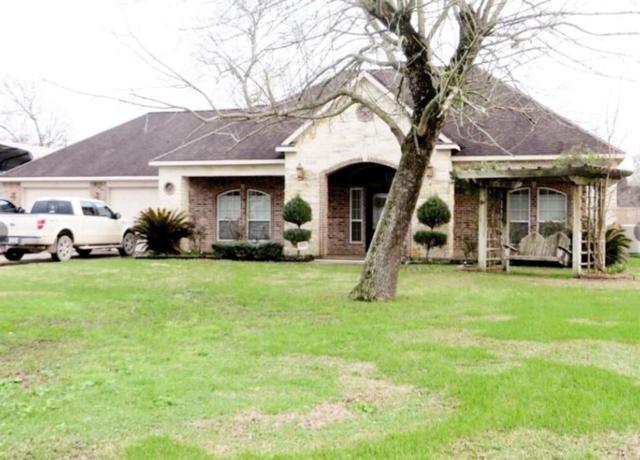 202 Lost Lake Drive, Baytown, TX 77523 (MLS #21243559) :: The Bly Team