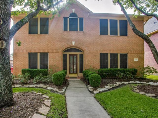 2711 Maple Lane, Pearland, TX 77584 (MLS #21268226) :: King Realty