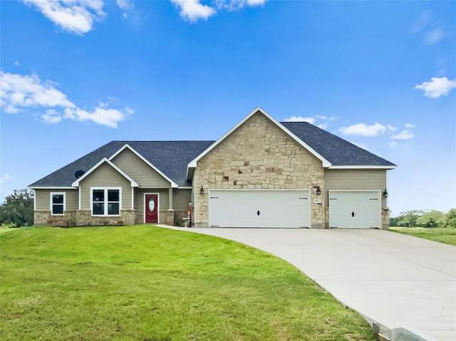 1631 Frontier Trail, Angleton, TX 77515 (MLS #21324913) :: The Queen Team