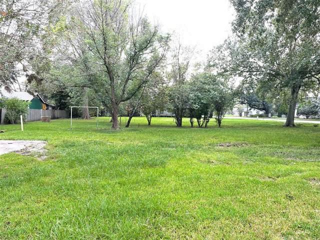 903 Cleveland, Dayton, TX 77535 (MLS #21376751) :: Texas Home Shop Realty