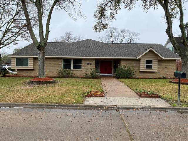 908 Glenlea Court, Friendswood, TX 77546 (MLS #21391246) :: My BCS Home Real Estate Group
