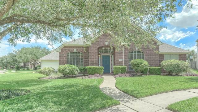 3401 Beacon Bend Court, Pearland, TX 77584 (MLS #21445532) :: Ellison Real Estate Team
