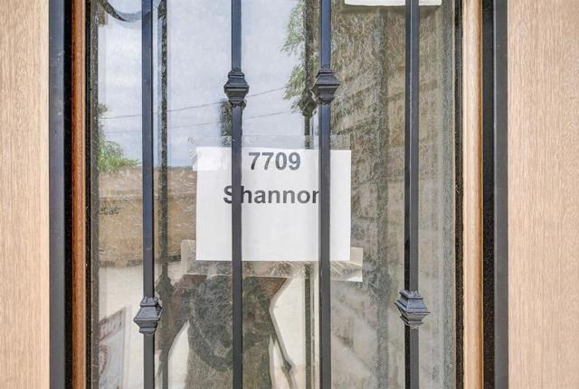7709 Shannon Drive, Houston, TX 77055 (MLS #21503806) :: The Johnson Team