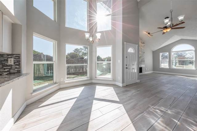 10702 Staghill Drive, Houston, TX 77064 (MLS #21662243) :: Ellison Real Estate Team