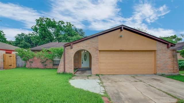 13611 Cherrydown Street, Sugar Land, TX 77498 (MLS #21670571) :: NewHomePrograms.com