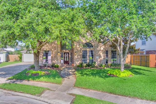 3218 Autumn Court, Pearland, TX 77584 (MLS #21740852) :: NewHomePrograms.com