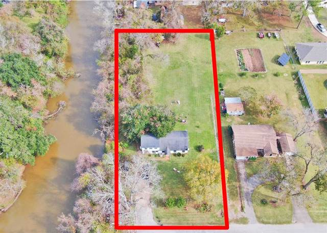 781 Arbor Street, Clute, TX 77531 (MLS #21758967) :: The SOLD by George Team