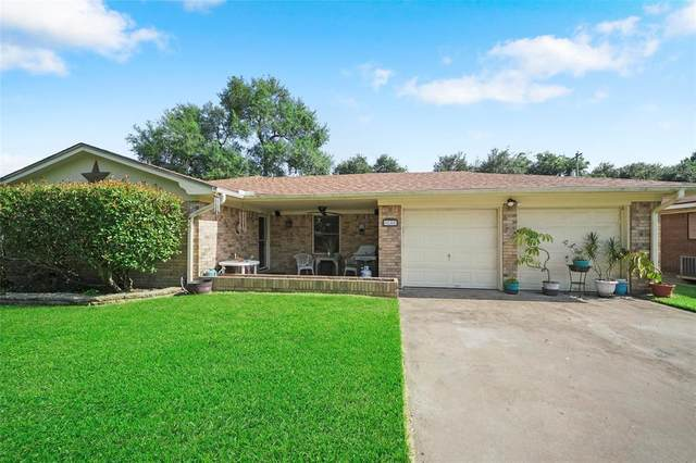 2813 6th Ave N N, Texas City, TX 77590 (MLS #21759219) :: The Parodi Team at Realty Associates
