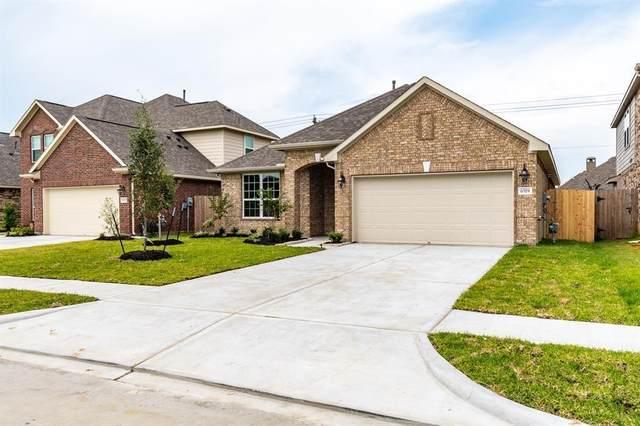 8454 Sunset Isles Drive, Baytown, TX 77521 (MLS #21798828) :: Homemax Properties