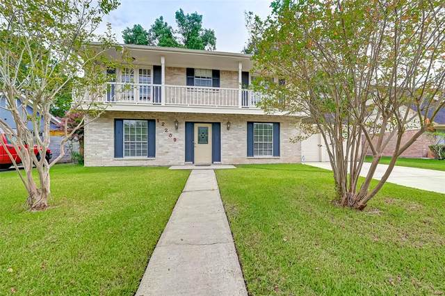 12259 Monticeto Lane, MEADOWS Place, TX 77477 (MLS #21923860) :: The SOLD by George Team