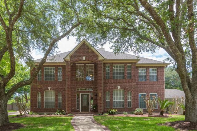 1016 Applewood Drive, Friendswood, TX 77546 (MLS #22079156) :: The SOLD by George Team