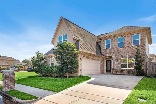 14111 Langbourne Drive, Houston, TX 77077 (MLS #22132339) :: The Bly Team