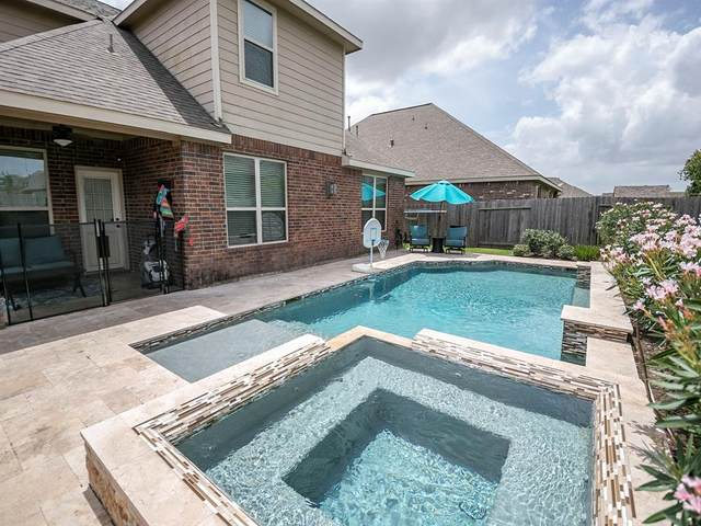 2711 Secret Falls Court, Pearland, TX 77089 (MLS #22197941) :: Green Residential