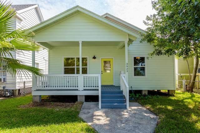 3923 Avenue M 1/2, Galveston, TX 77550 (MLS #22240328) :: Keller Williams Realty