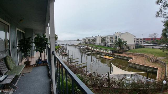 4011 Nasa Parkway #514, Seabrook, TX 77586 (MLS #22273462) :: The SOLD by George Team