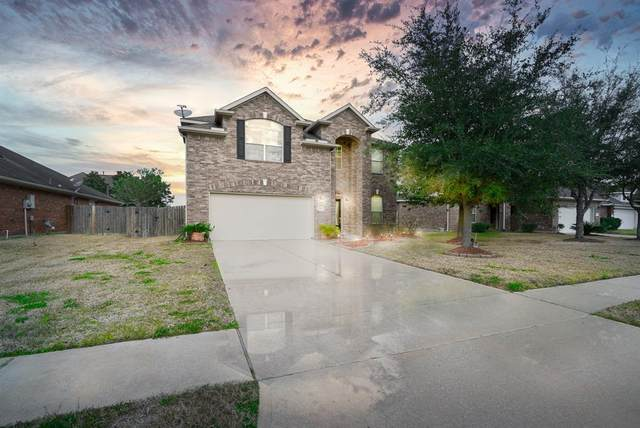 3209 Cactus Heights Lane, Pearland, TX 77581 (MLS #22291842) :: The Bly Team