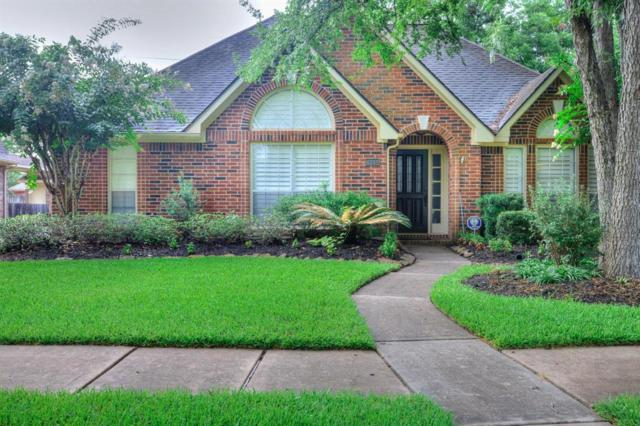 1114 Wood Fern Drive, Sugar Land, TX 77479 (MLS #22345527) :: The Heyl Group at Keller Williams