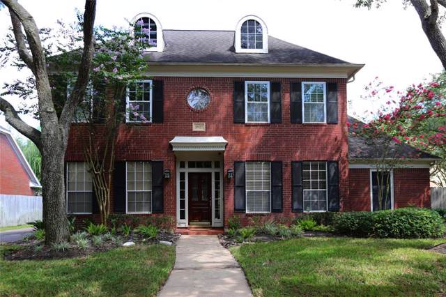 1927 Woodlawn Terrace Court, Sugar Land, TX 77479 (MLS #22379297) :: The Parodi Team at Realty Associates