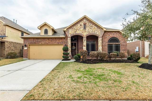 305 W Bend Drive, League City, TX 77573 (MLS #22385246) :: Bray Real Estate Group
