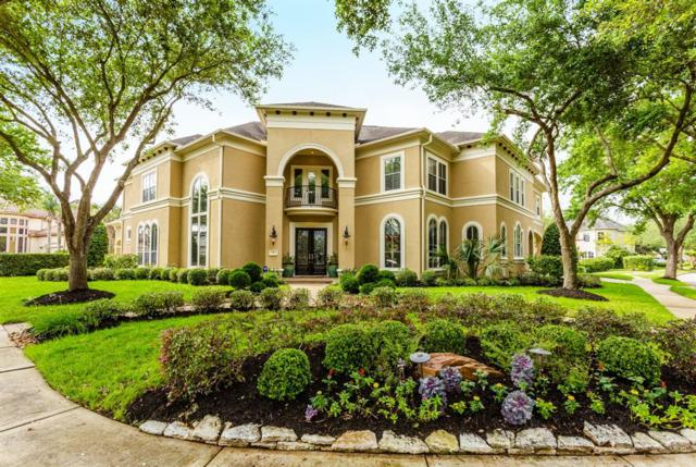 7 Millcroft Place, Sugar Land, TX 77479 (MLS #22420128) :: The SOLD by George Team